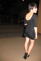 black Nyla dress - black shoes