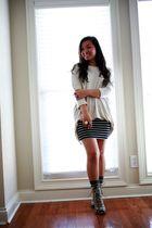 beige H&M top - black Forever 21 skirt - gray random from Hong Kong socks - gray