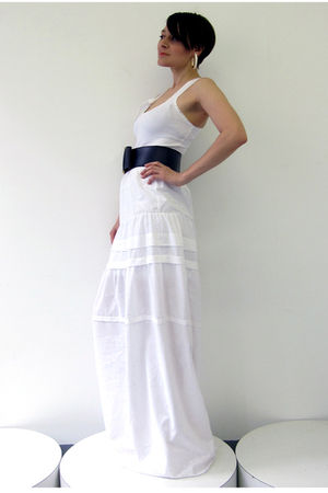 white Simones Rose dress - blue Vintage  unknown belt