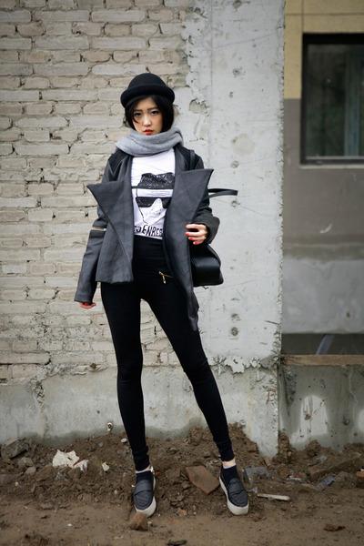 Black-muziq-jacket-black-dressin-t-shirt