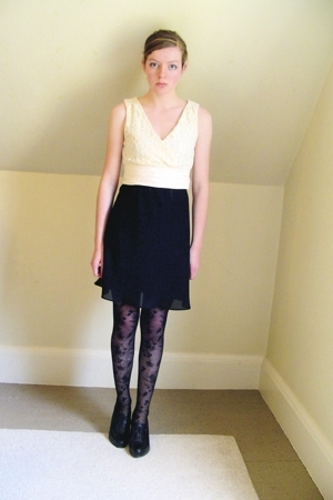 sort of diy top - yard sale dress - H&M tights - Nine West shoes - DIY accessori