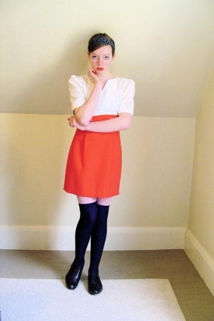 red two-tone vintage dress - brown oxford thrifted shoes