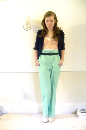 thrifted blazer - Urban Outfitters bra - H&M top - thrifted pants - thrifted sho