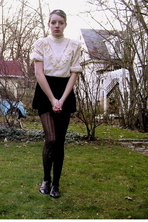 white lace Secondhand blouse - brown oxford thrifted shoes