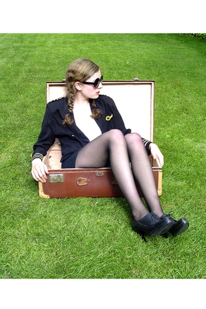 Secondhand blazer - DIY top - diy skirt - CVS stockings - Urban Outfitters sungl