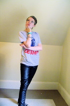 moveonorg t-shirt - DIY jeans - Converse shoes