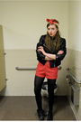 Black-h-m-jacket-white-bdg-t-shirt-red-vintage-shorts-black-cvs-tights-b