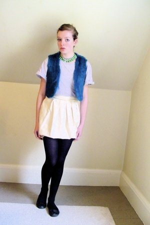 thrifted vest - H&amp;M t-shirt - self-made skirt - tights - shoes - old necklace