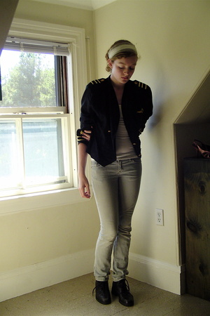 thrifted jacket - H&M top - Express jeans - thrifted shoes