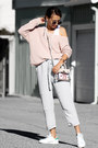 Light-pink-lulus-sweater-white-sudio-accessories-light-blue-sans-souci-pants