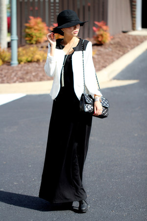 black The Outnet dress - white Brenda Shop blazer - black Chanel bag