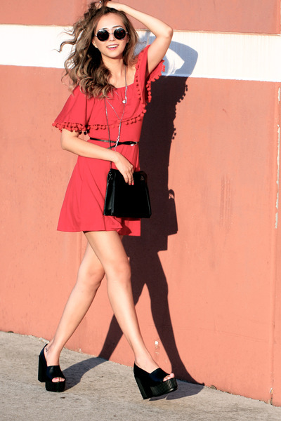 silver Dynamite necklace - black AllhqFashion shoes - red style moi dress