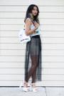 White-romwe-bag-black-kahri-skirt-white-romwe-top