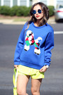 Yellow-queenhorsfall-closet-shorts-blue-nike-sneakers