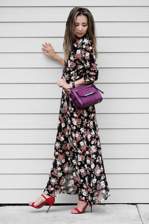 maroon JustFab bag - black style moi dress - red Shoedazzle sandals