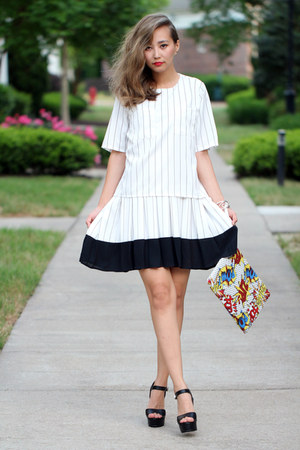 white Chicwish dress - black Steve Madden sandals