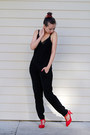 Red-blackfive-pumps-black-younghungryfree-top-black-nordstrom-jumper