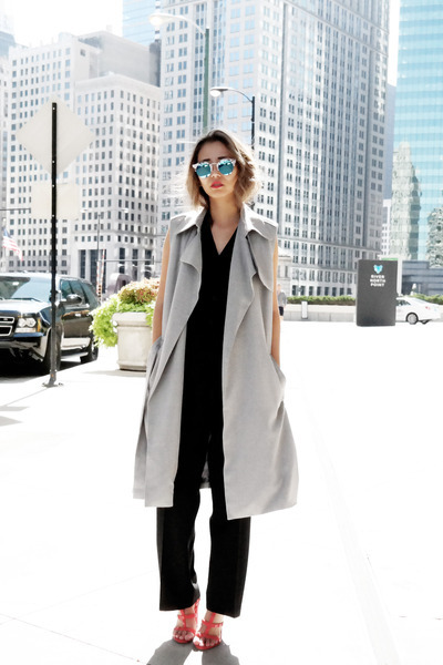heather gray Lulus coat - blue Polette sunglasses