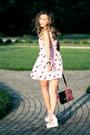 Bubble-gum-larmoni-dress-crimson-justfab-bag-bubble-gum-romwe-sandals