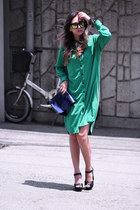 navy yesimfrench bag - green Front Row Shop dress - black Zappos sandals