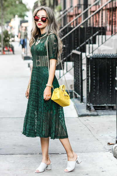 yellow coach bag - teal storets dress