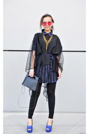gold Susanna Galanis necklace - bubble gum Polette sunglasses