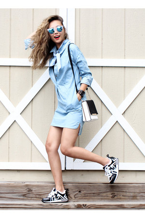 dark brown wood JORD watch - sky blue denim style moi dress - black JustFab bag