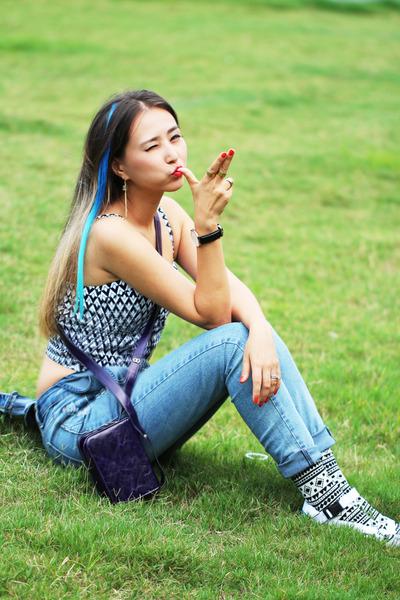 black Sammy Icon socks - sky blue romwe jeans - purple blackfive bag