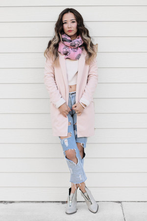 peach Nordstrom sweater - silver Shellys London boots - bubble gum modcloth coat