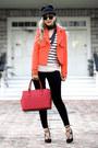 Black-ny-company-hat-bubble-gum-ny-company-sweater-navy-ny-company-scarf