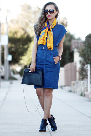 yellow Vèvèlle scarf - black Alysia boots - navy style moi dress