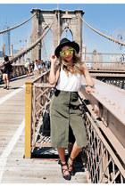 dark khaki Lulus skirt - black Forever 21 hat - black Dynamite bag