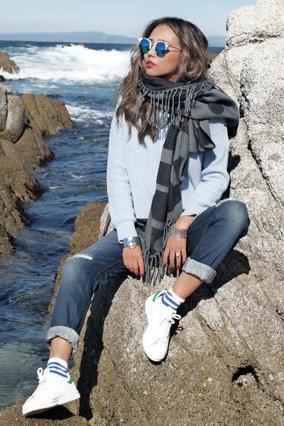 white Black Duara shirt - navy Fitcode jeans - heather gray Poupee de Papier bag
