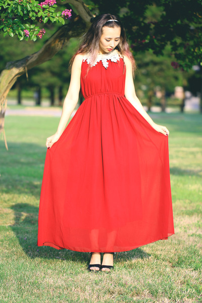 red Mart of China dress - white Kristin Perry accessories