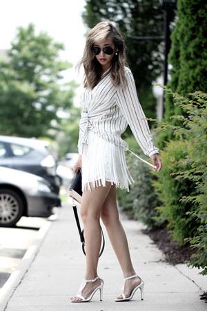 white Trendyish skirt - black Lulus bag - white Lavish earrings