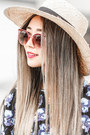 Eggshell-american-eagle-hat-coral-zerouv-sunglasses-black-lulus-necklace