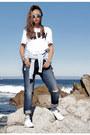 Navy-fitcode-jeans-white-black-duara-shirt-heather-gray-poupee-de-papier-bag