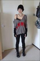 black jeans - silver sweater - black boots - black hat