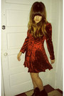 Black-dr-martens-boots-crimson-dress