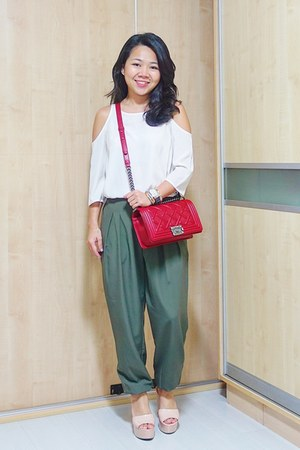 red Chanel bag - army green Topshop pants - off white cut out Topshop top
