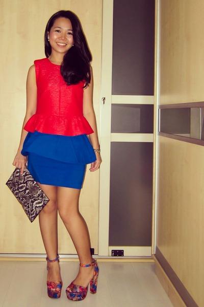 blue peplum Zara skirt - heather gray snake print H&M purse