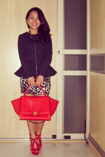 navy peplum Topshop blazer - red Celine bag - brown animal print Topshop skirt
