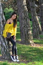 Yellow-thrift-sweater-black-h-m-leggings-dark-brown-vintage-fendi-bag