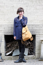 black Durango boots - tawny baggu bag - navy American Apparel blouse
