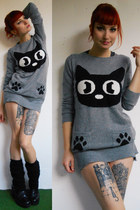 heather gray New Yorker sweater - black vagabond shoes