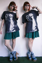 dark gray mick jagger H&M t-shirt - dark green pleated New Yorker skirt