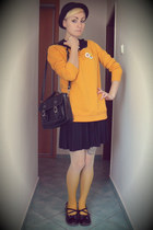 yellow ombre tights - black New Yorker bag