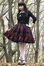 Maroon-plaid-lolita-handmade-skirt-white-brooch-draculaclothing-accessories