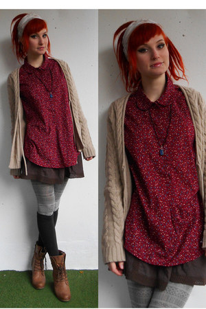 ruby red c&a shirt - brown Mustang shoes - camel c&a cardigan