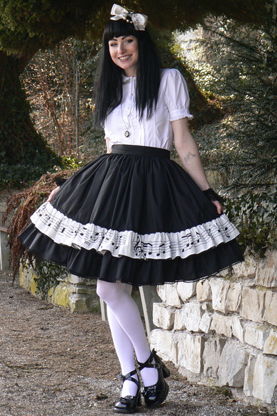 black lolita skirt handmade skirt - white headbow BTSSB accessories